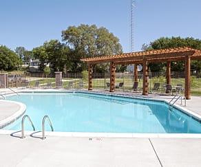 Pool, Andover Pointe
