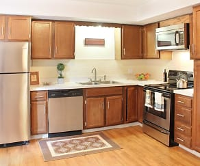 Kitchen, Autumn Ridge Townhomes and Apartments