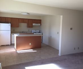 Kitchen, Brambury Ridge Apartments