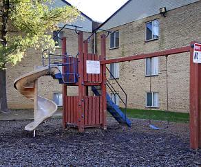 Playground, Linden Park Apartments