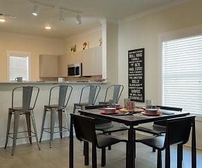 Dining Room, Retreat at Starkville