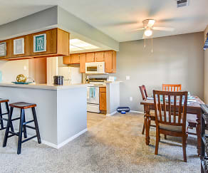 Dining Room, Highland Ridge