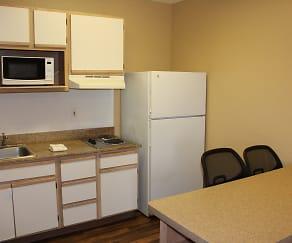 Kitchen, Furnished Studio - Houston - Katy Freeway - Energy Corridor
