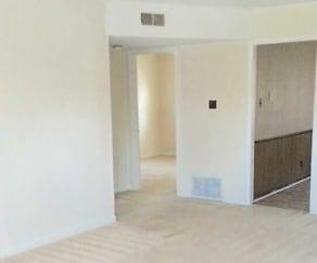Mayberry Apartments, Arlington, NC