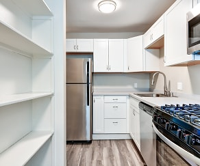 Kitchen, Traverse