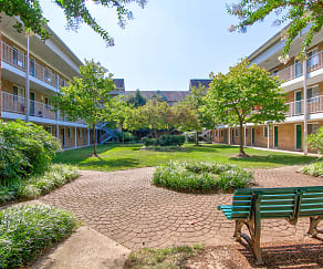 Courtyard, Quantico Court