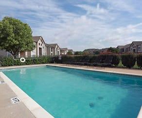 Pool, Madison Trail Apartments