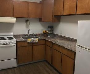 Kitchen, Mark Royal