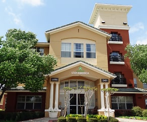 Community Signage, Furnished Studio - Dallas - Las Colinas - Green Park Dr.