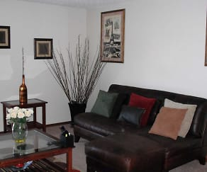 Living Room, Indian Oaks Apartments