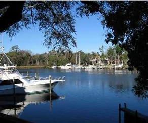 300 Yacht Club Dr Unit 12, Destin, FL