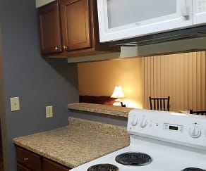 4 bedroom kitchen, 705 South First Street Apartments
