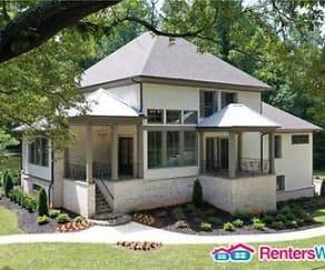 1275 Woods Cir NE, North Atlanta, GA