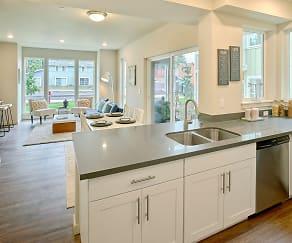 Kitchen, Woodcreek Apartments