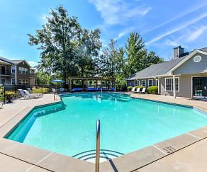 Pool, 900 Dwell
