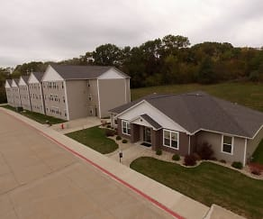 Building, The Villas At Black Hawk - Student Housing