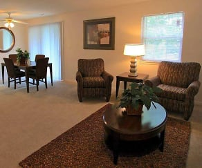 Living Room, Eagle Creek Court