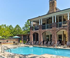 Pool, The Oaks At Lakeshore