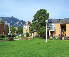 Building, Boulder Creek Apartments
