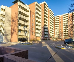 601 W. 11TH AVE., Apt. 1009, West Pleasant View, CO