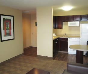 Kitchen, Furnished Studio - Columbus - Tuttle