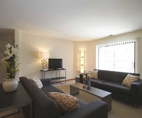 Living Room, East Pointe Commons