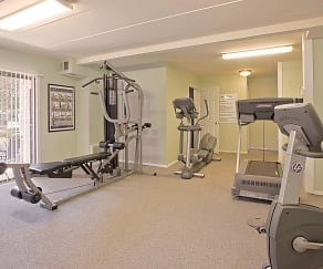 Fitness Weight Room, Parkway Apartments