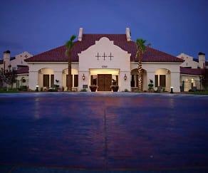 Building, Las Mansiones