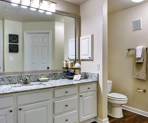 Bathroom, La Salle