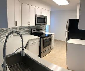 Kitchen, Boca Arbor Club Apartments