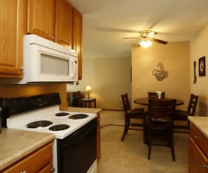 Fully-equipped kitchen, Mountain View Apartments