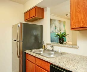 Kitchen, Upland Park Townhomes