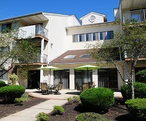 Building, Edison Woods- Senior Living