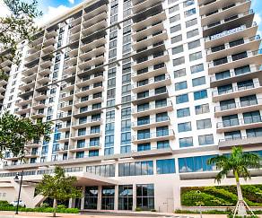 Building, 5250 Park
