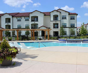 Pool, Stone Hill Luxury Apartments