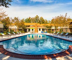 Pool, Providence Green