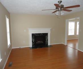 Living Room, 204 Fair Glen Road