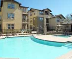 Pool, The Crest At Fair Oaks