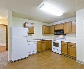 Kitchen, Spruce Pointe Apartments