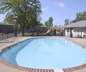 Pool, Postbrook East