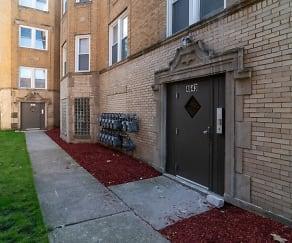 Building, 4641 W Jackson Blvd