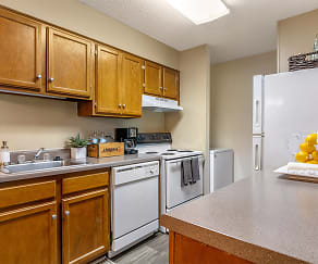 Kitchen, High River Apartment Homes