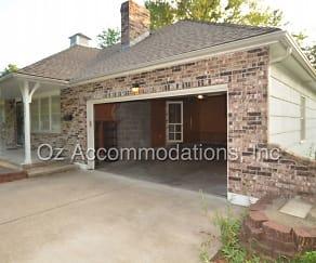 7820 Arlington Ave, Raytown, MO
