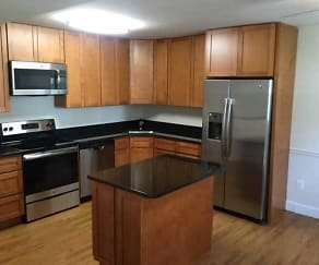 Kitchen, Randolph Square Apartments