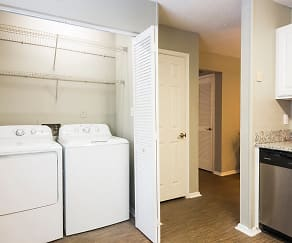 Full-Size Washer & Dryer, The Addison At Sandy Springs