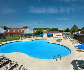 Swimming pool at WoodBriar Apartments, Woodbriar