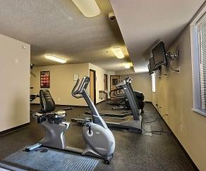 Fitness Weight Room, East Bridge Apartments