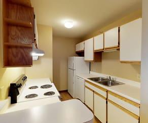 Kitchen, The Arbors Apartments