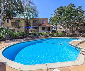 Pool, Maplewood Apartment Homes