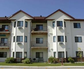 Building, Skaff Apartments - Fargo